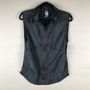 🌟Champion black zip up vest w lower back pocket